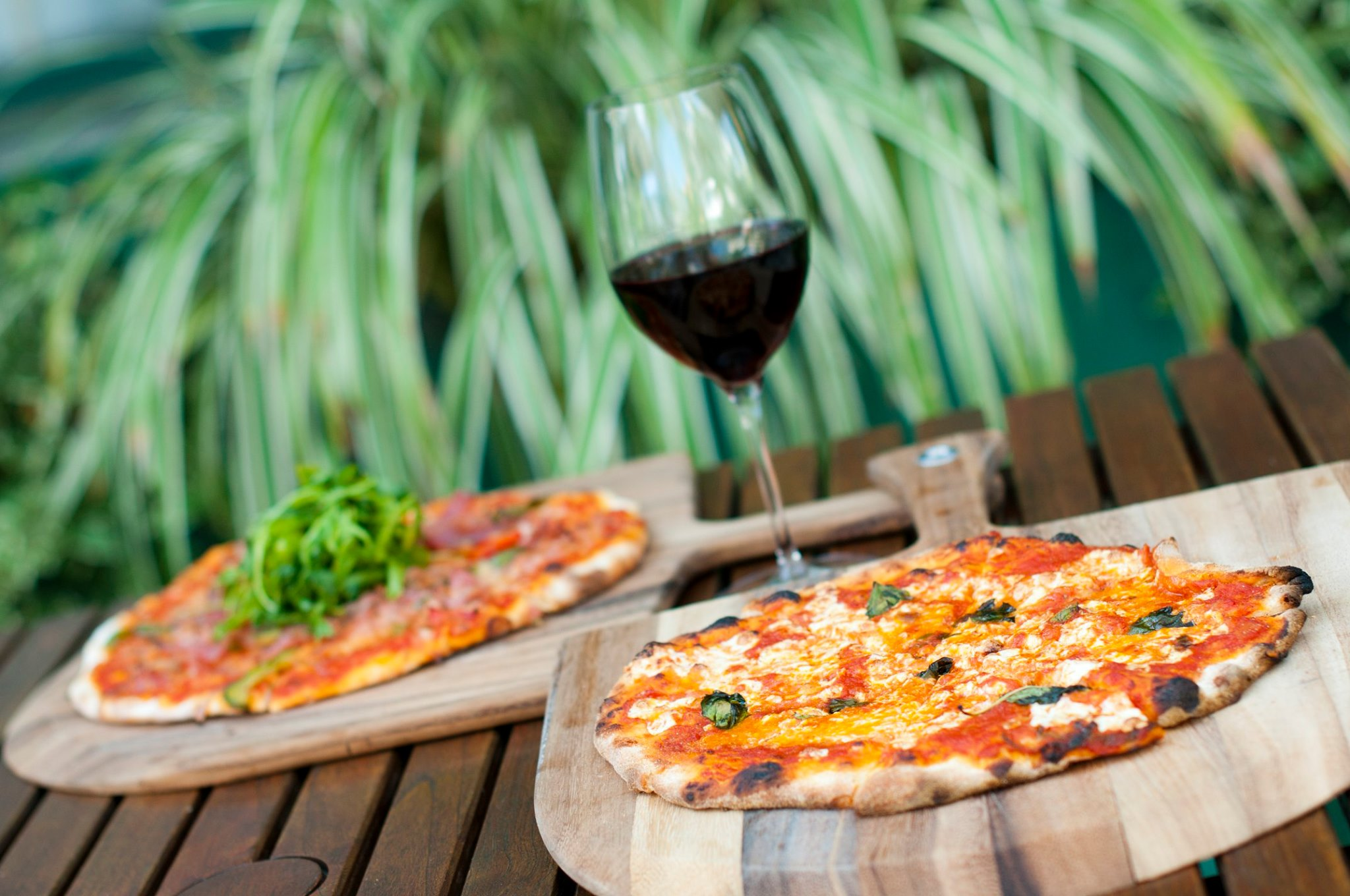 Brasserie Cayman Pizza and Wine