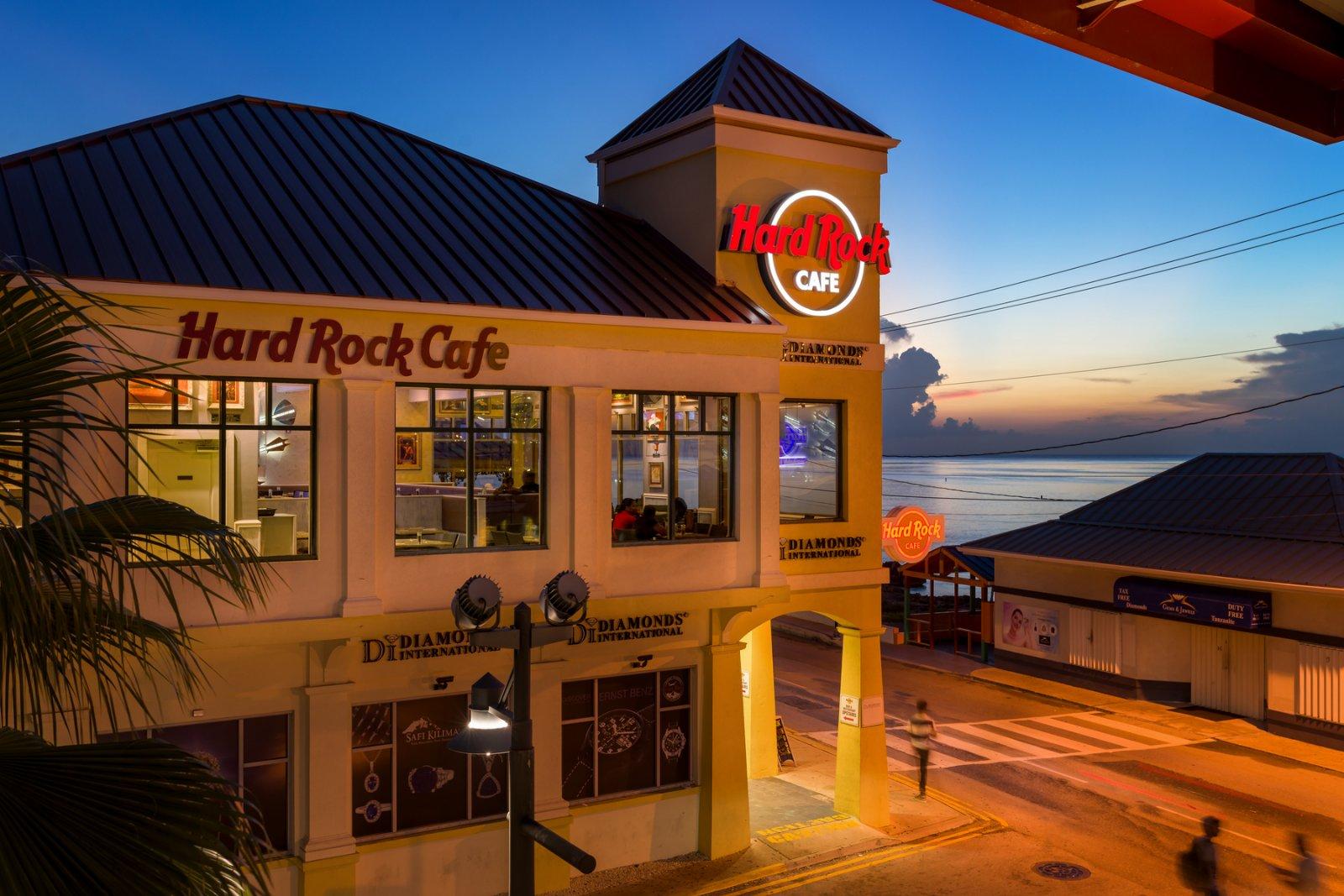 Hard Rock Cafe Exterior Night time