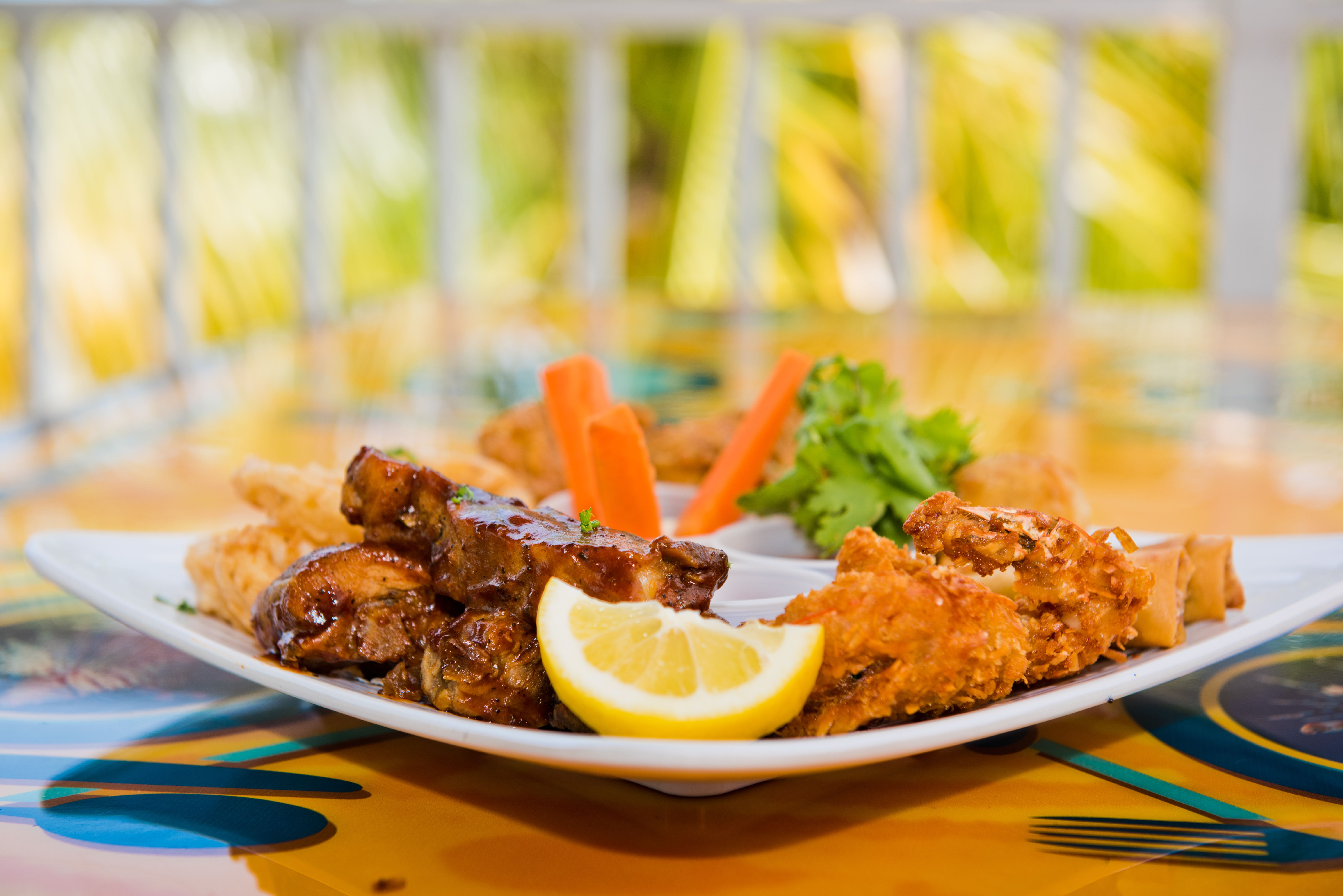 Eagle Rays Cayman Chicken Wings