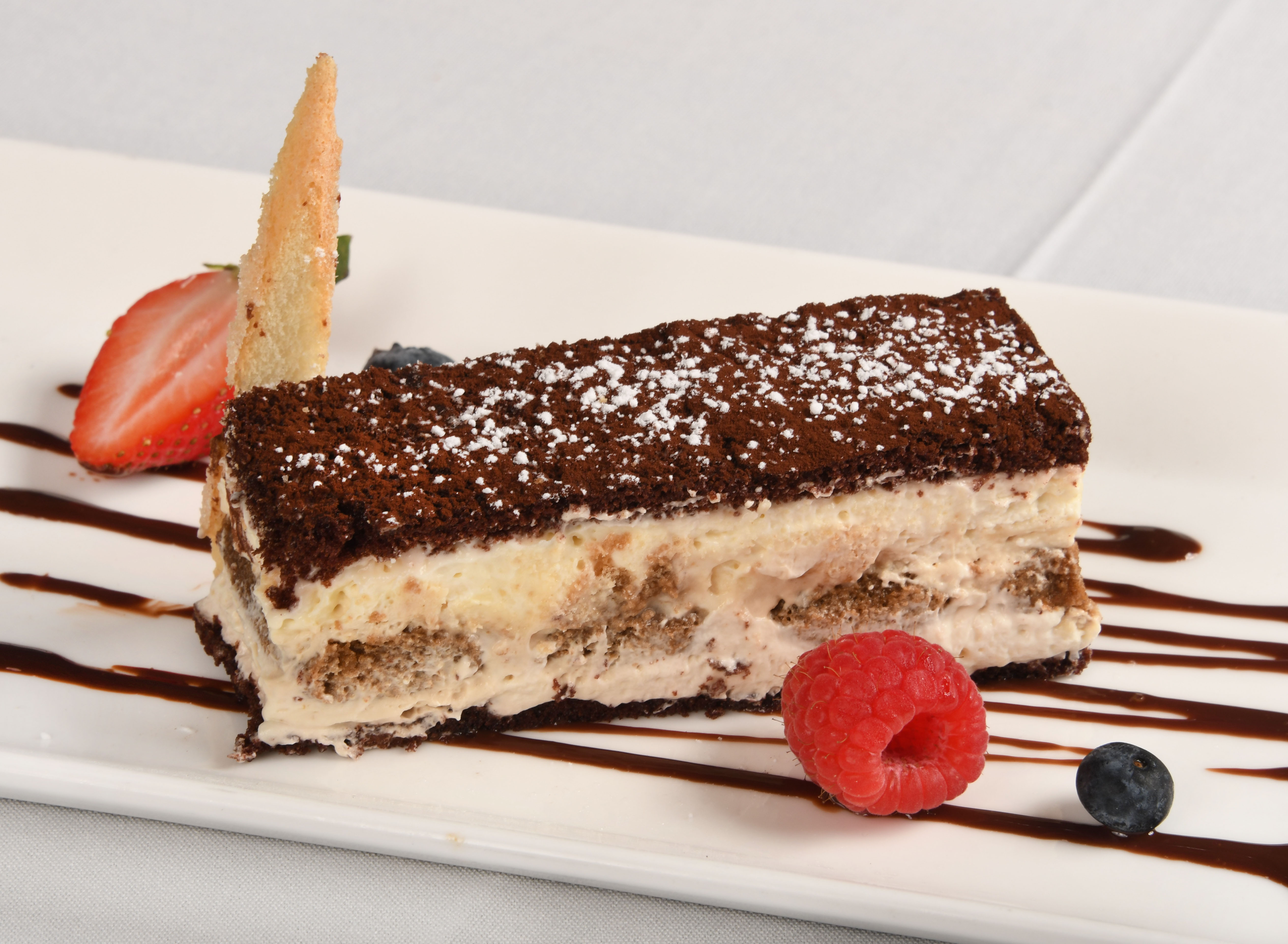Papagallo Cayman Cake
