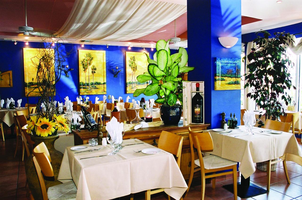 Ragazzi Cayman Interior