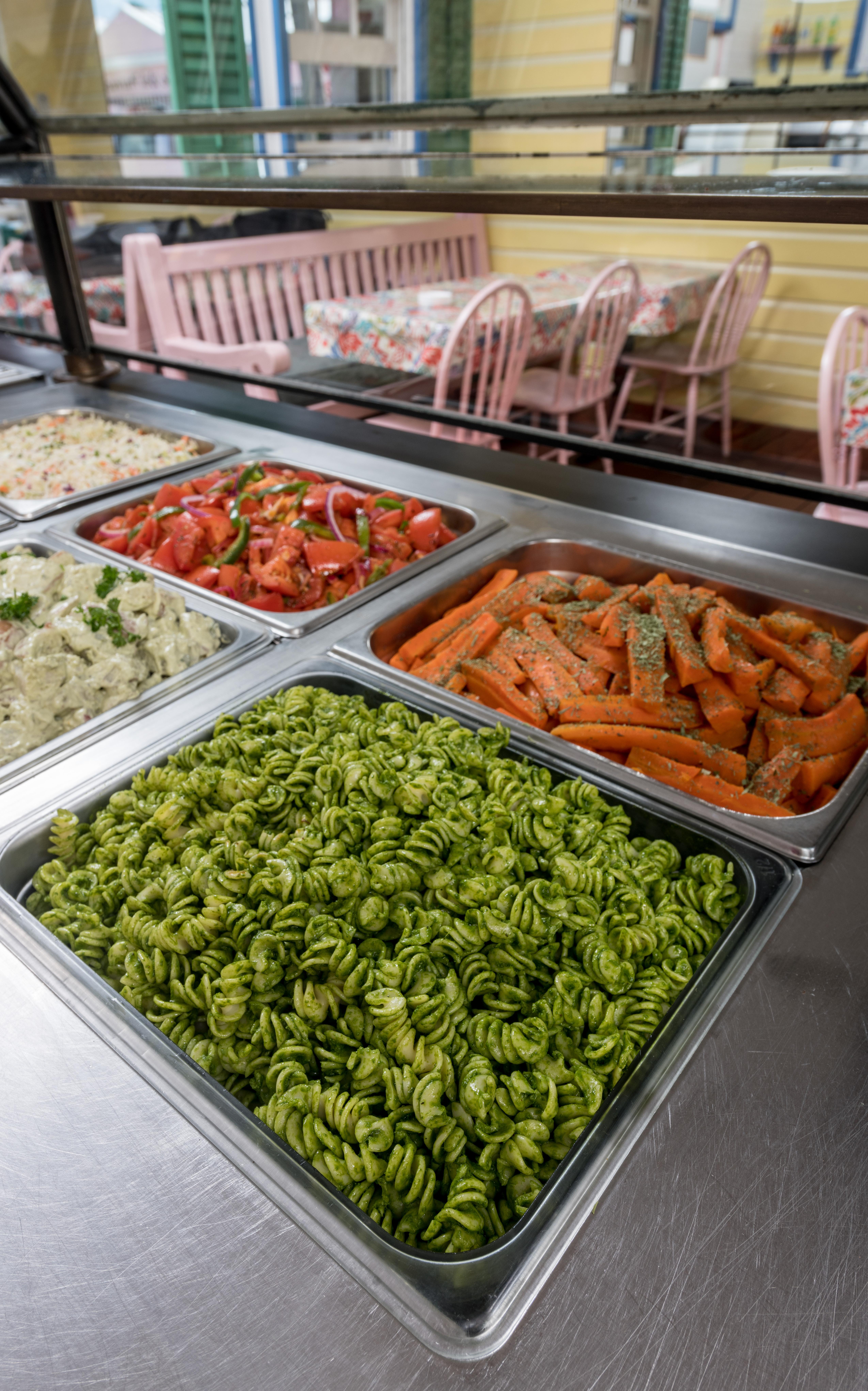 Chicken Chicken pasta and vegetables