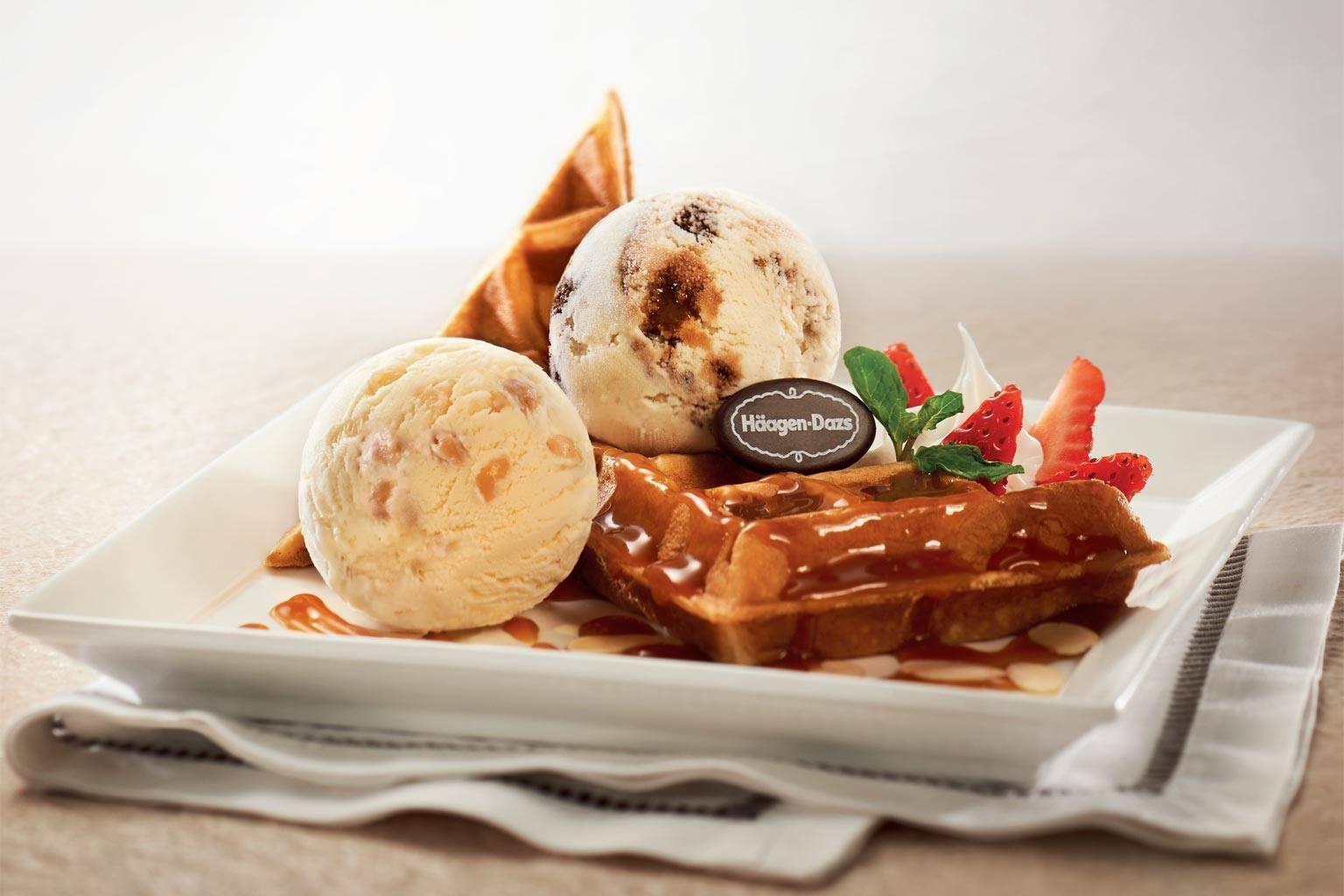 Hagen Daz Waffle Sundae